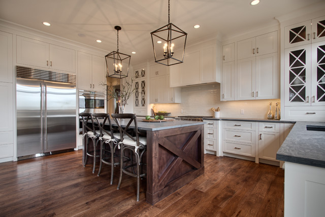 Watermark {Spyglass Way} traditional-kitchen