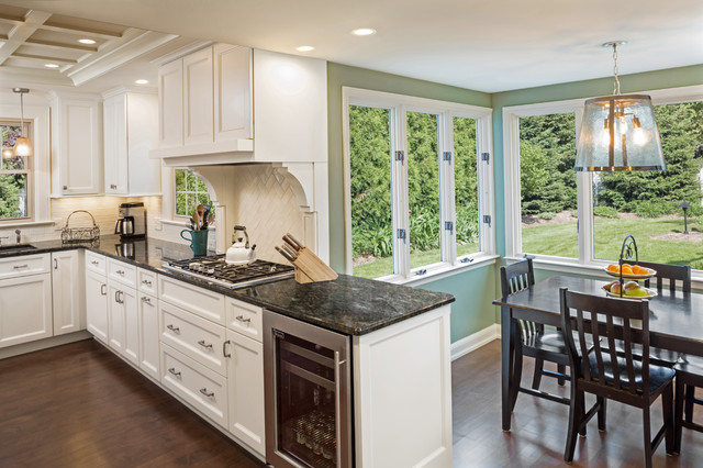 Wauwatosa Georgian Colonial Kitchen Remodel Traditional