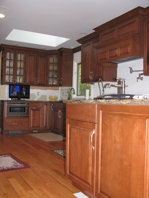 Wayne Nj Traditional Kitchen New York By Home Concept Design Center