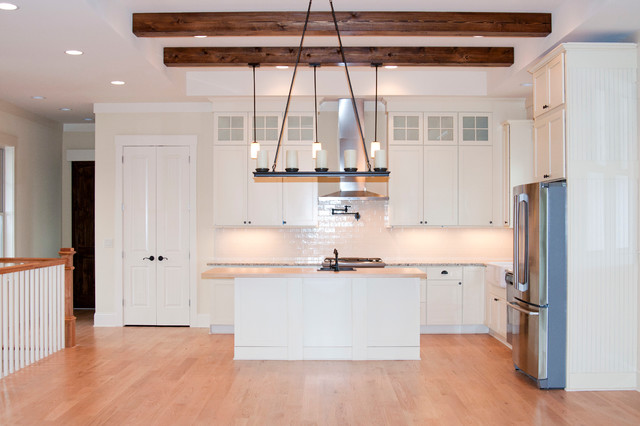 Weekend Lake House craftsman-kitchen