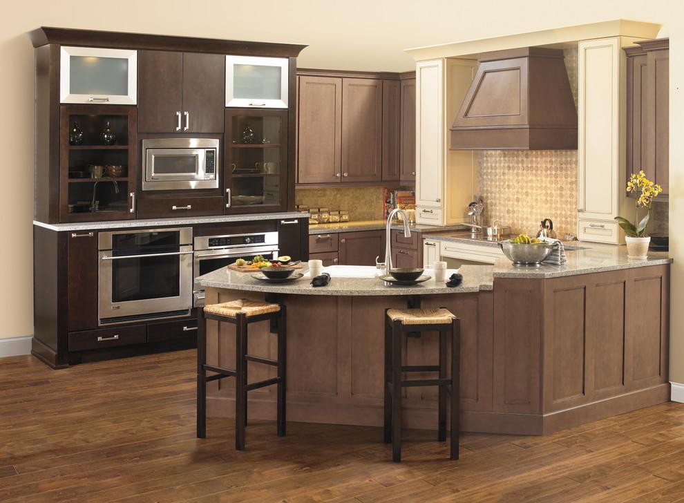 Wellborn Cabinet - Transitional - Kitchen - Birmingham ...