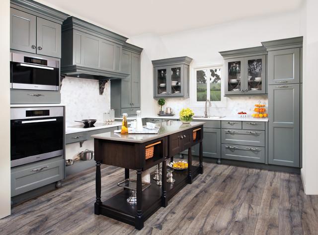 Wellborn Cabinet Contemporary Kitchen