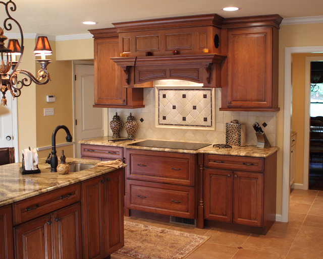 Wellborn Cabinetry traditional-kitchen