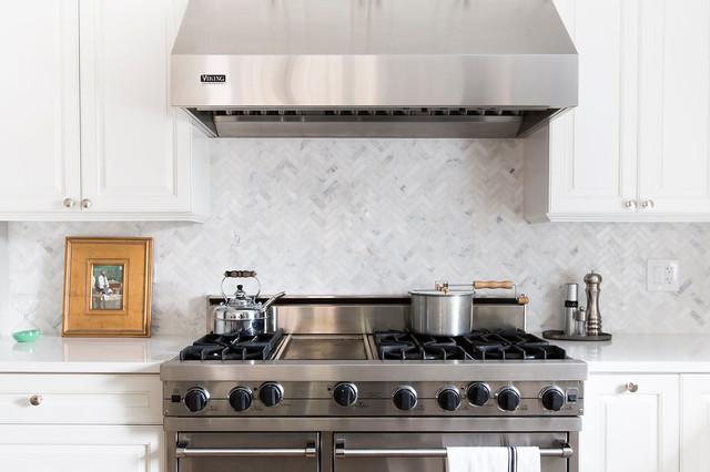 Wellington modern kitchen chicago by foster hill for Kitchen designs wellington