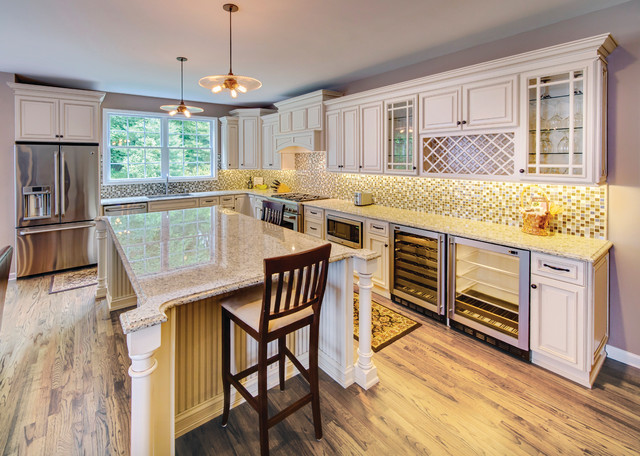 Wellington Ivory Kitchen Traditional Kitchen Cabinetry