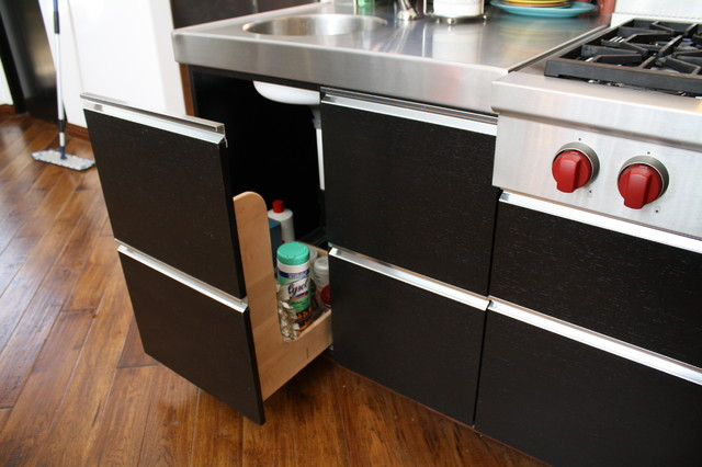 Wenge Kitchen rollout - Modern - Kitchen - Los Angeles - by ...