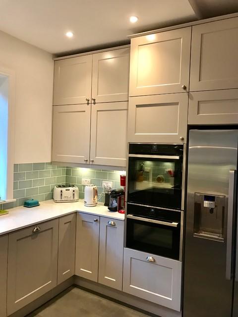 Wentworth design kitchen installation ealing for Kitchen ideas ealing