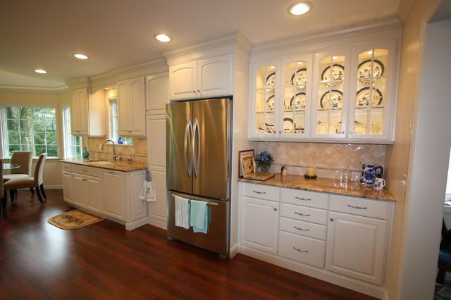 West caldwell nj traditional kitchen roman arch cabinets for Caldwell kitchen cabinets