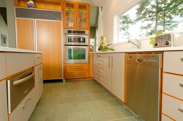 West Coast Contemporary Kitchen contemporary-kitchen