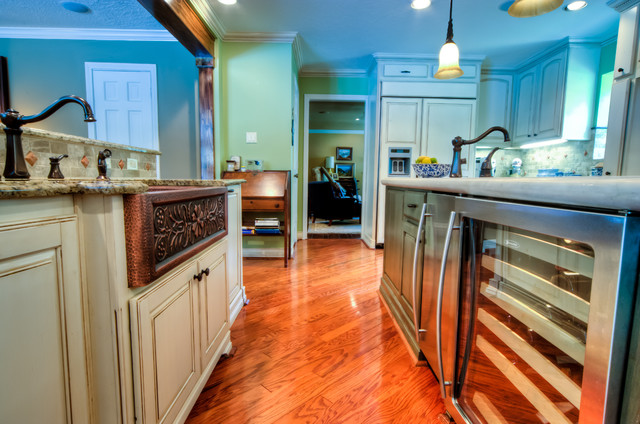West Forest traditional-kitchen