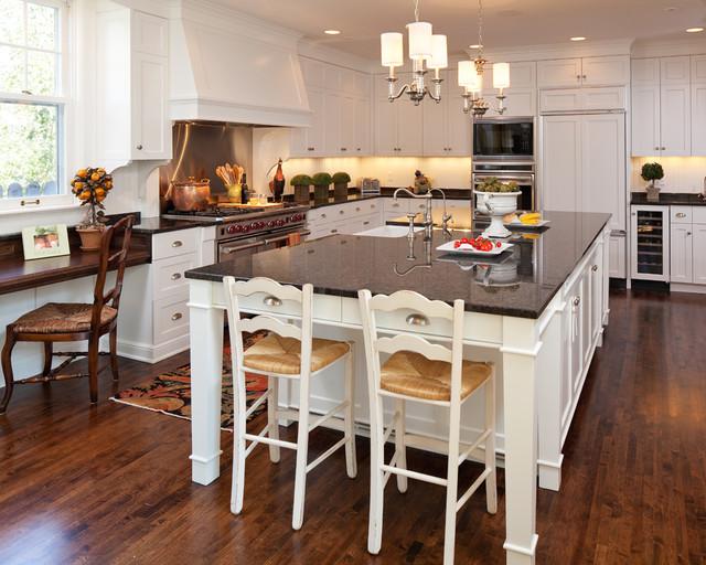 West Isles Kitchen traditional-kitchen