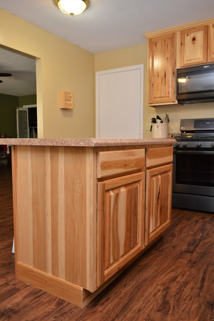 West Lafayette In Haas Signature Collection Natural Rustic Hickory Kitchen Craftsman Kitchen Other By Bailey S Cabinets