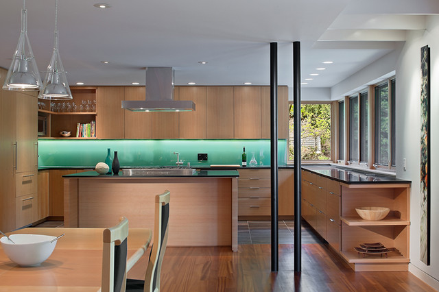 modern kitchen by Floisand Studio