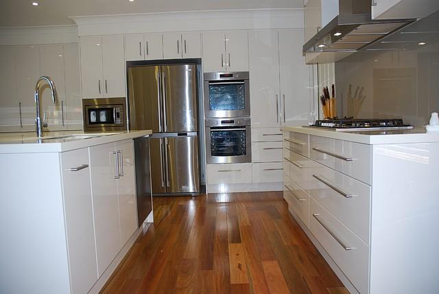 West Pennant Hills modern-kitchen
