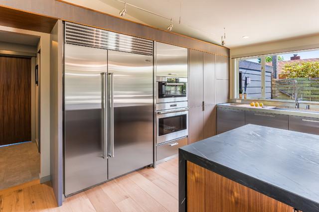 West seattle rambler midcentury kitchen by bristol for Rambler kitchen remodel ideas