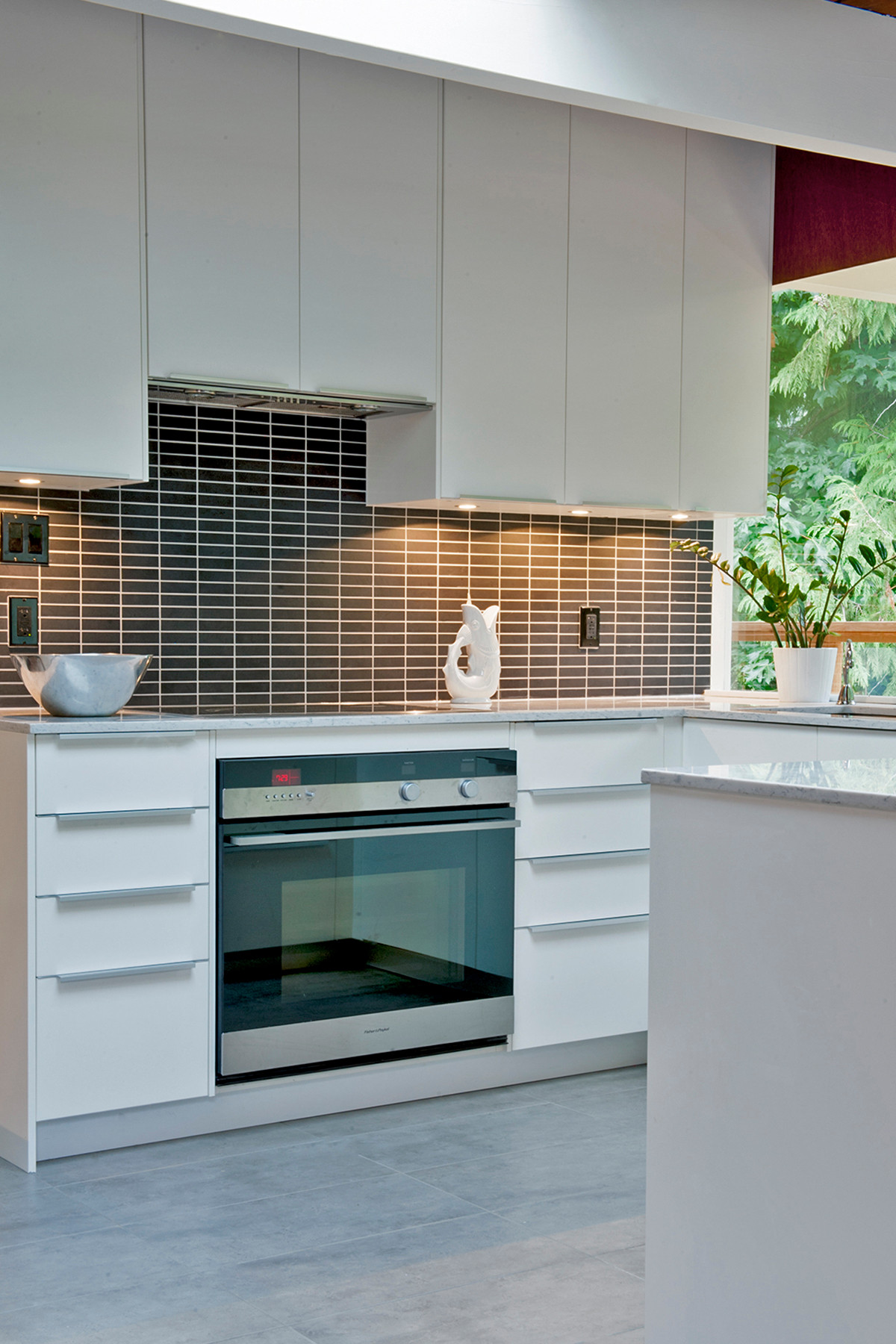 West Vancouver 1960 S Lewis Post Beam House Renovation Midcentury Kitchen Vancouver By Lci Design Houzz