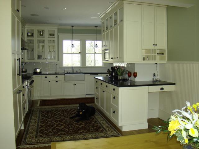 Westbrook Kitchen traditional-kitchen