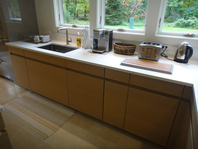 Westchester Luna Sand Grey & AVANCE H Textured Oak contemporary kitchen