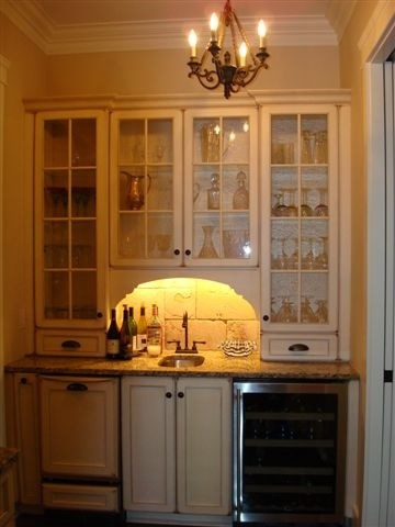 Wet Bar traditional-kitchen