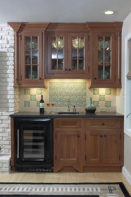 Wet bar eclectic-kitchen