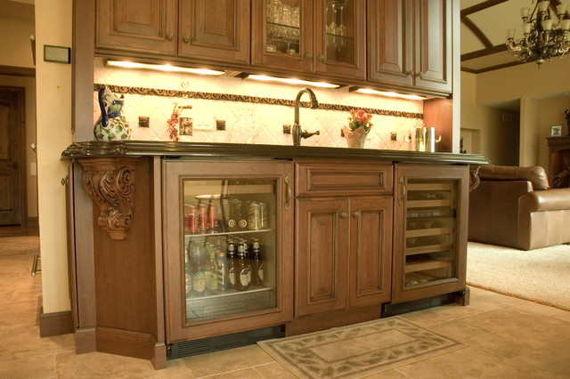 Wet bar with undercounter Sub Zero wine center and undercounter ...