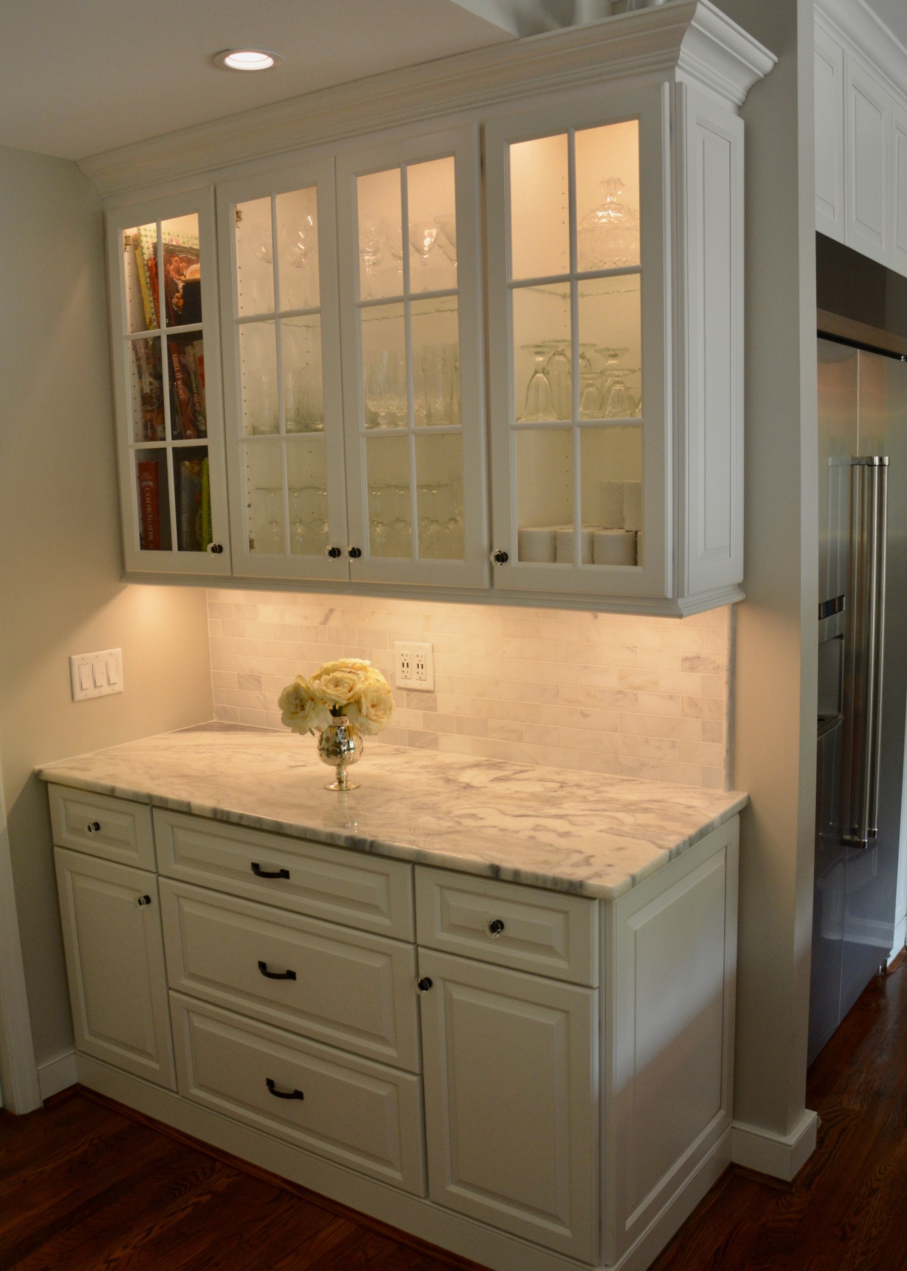 Wet bars/Butler Pantry