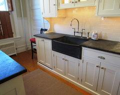 What Dishwasher? traditional-kitchen