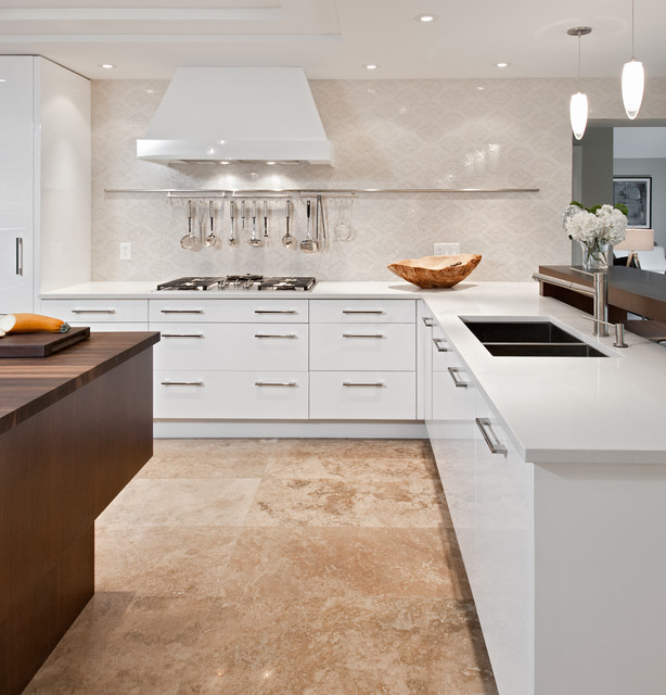 Warm Contemporary Interiors: White And Warm