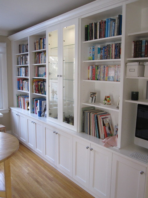 White bookcases with built in desk - Traditional - Kitchen - toronto - by Tim Bowdin Custom ...