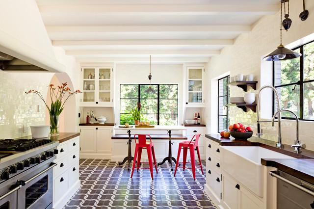 Mediterranean Kitchen by Jessica Helgerson Interior Design
