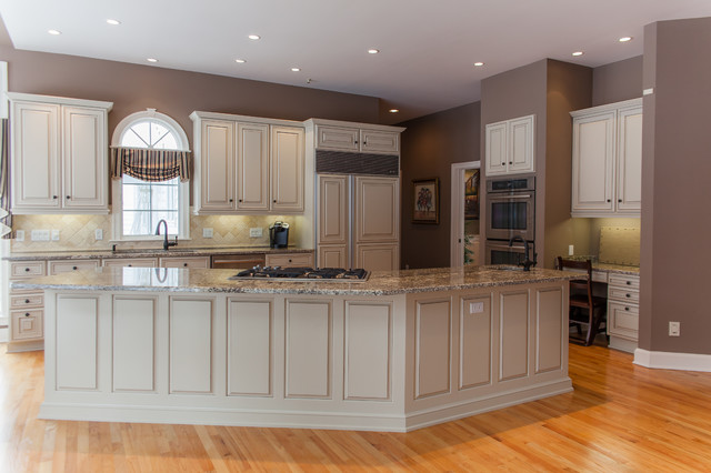 White cabinets to putty cream with taupe detailing - Putty colored kitchen cabinets ...