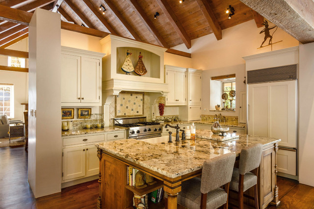 White country kitchen great room energy efficient for Traditional home great kitchens