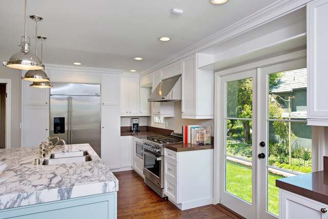 WHITE CUSTOM KITCHEN CABINETRY traditional-kitchen