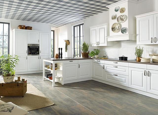 white garda sch ller kitchen. Black Bedroom Furniture Sets. Home Design Ideas