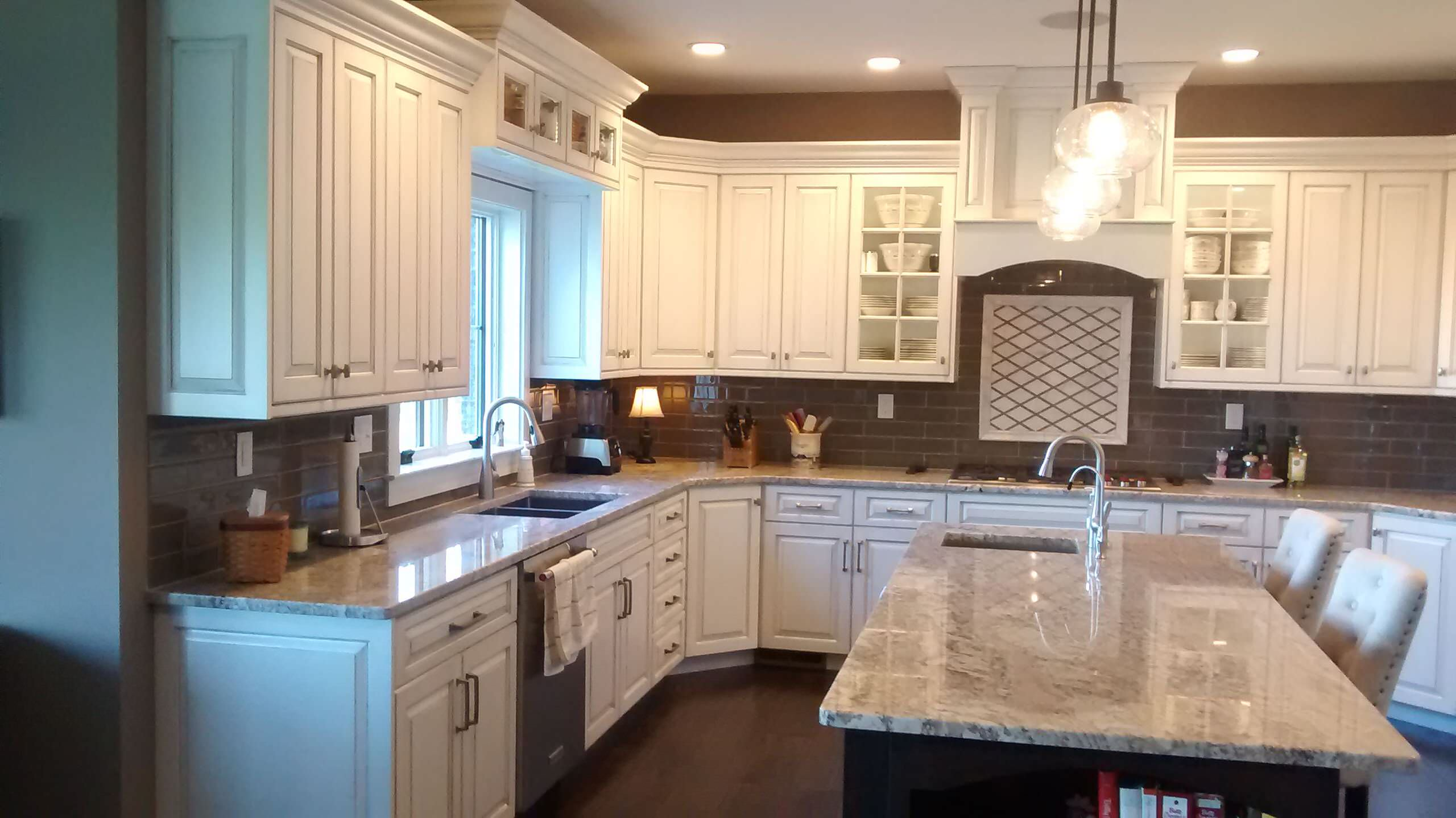 White Glazed Traditional Kitchen