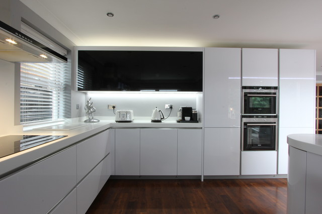 White Gloss Corian Brighton East Sussex