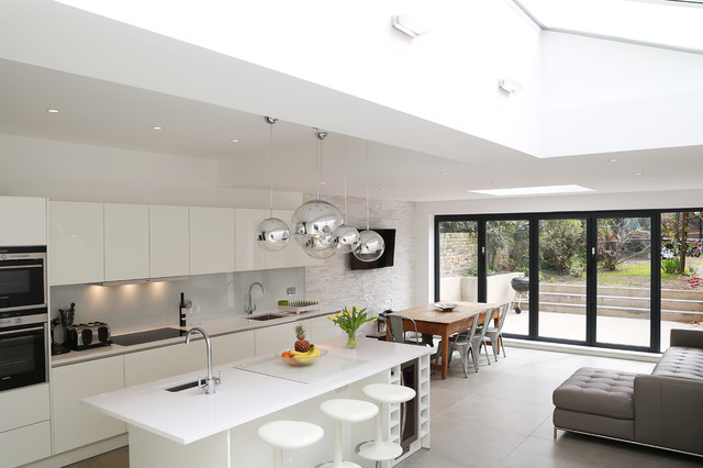 White gloss kitchen extension modern kitchen london for Modern kitchen in 1930s house
