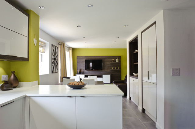 White Gloss Modern Look As Seen On Channel 4 S Double