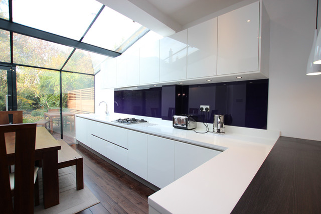 White handleless kitchen - Modern - Kitchen - other metro - by LWK Kitchens London