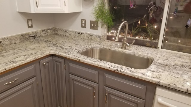Quot White Ice Quot Granite Countertops Traditional Kitchen