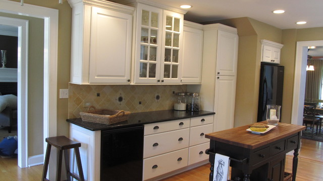 White In Wilmette traditional-kitchen