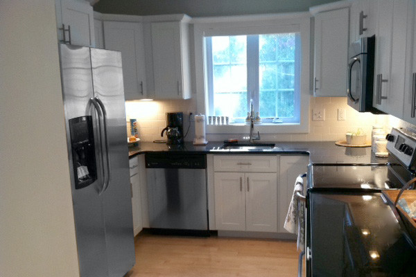 White Kitchen Cabinets | Dayton Door Style | CliqStudios - Contemporary - Kitchen - minneapolis ...