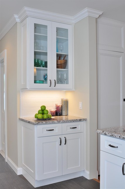 White Kitchen Cabinets | Ice White Shaker Door Style | Kitchen