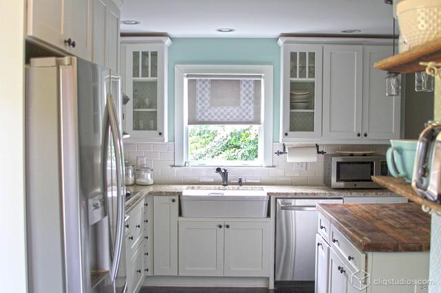 White Kitchen Cabinets | Mission Cabinetry | CliqStudios - Contemporary - Kitchen - Minneapolis ...