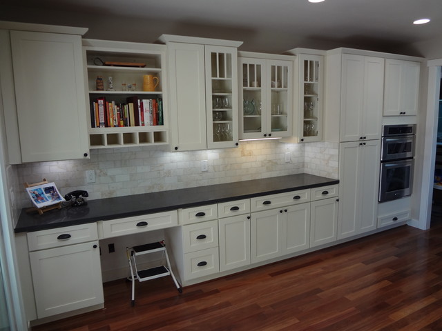 White Kitchen Cabinets | Shaker Cabinetry | CliqStudios - Contemporary - Kitchen - Minneapolis ...