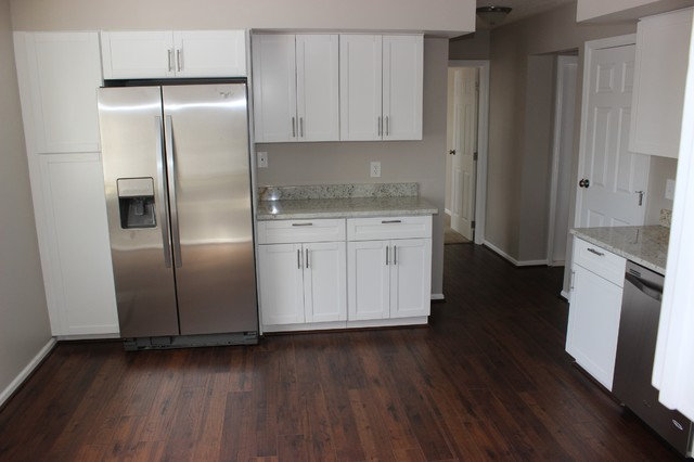 White kitchen cabinets shaker style modern kitchen - Kitchen cabinets philadelphia ...