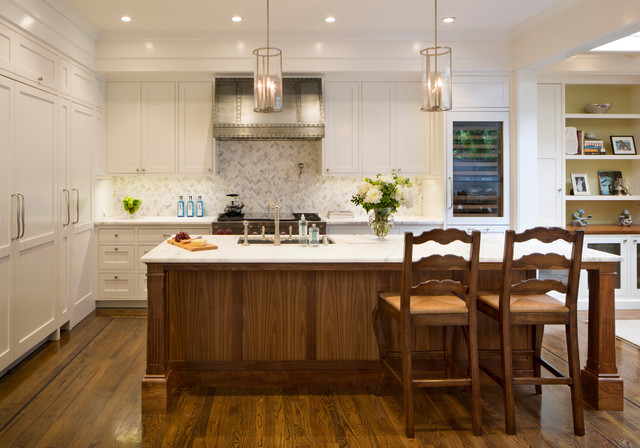 Design ideas for a large traditional l-shaped kitchen in San Francisco with an undermount