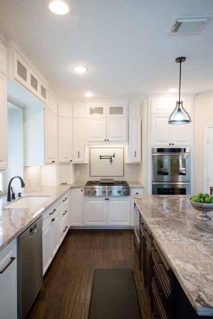 White kitchen for Kitchen cabinets 60638