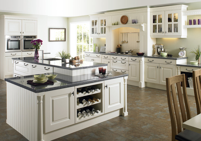White Kitchen Traditional