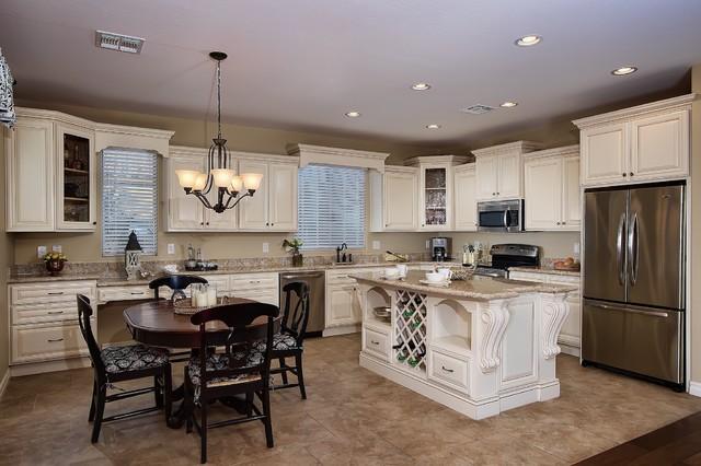 elle interior kitchens  : White Kitchen Remodel - Traditional - Kitchen - Phoenix - by Elle Interiors, Ellinor Ellefson